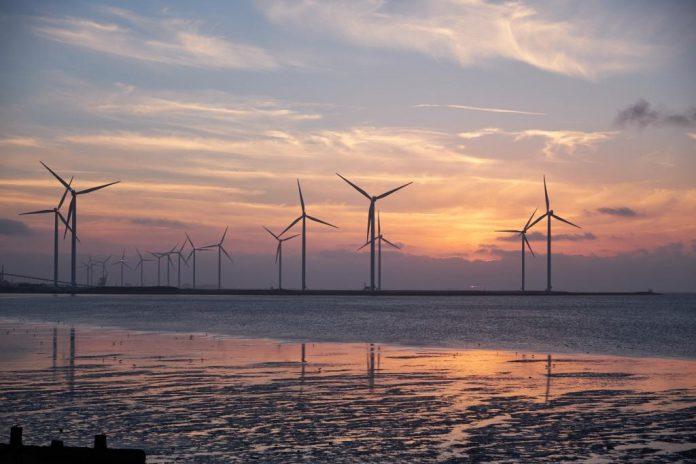 Meyer fordert verlässliche Rahmenbedingungen für Windkraft.