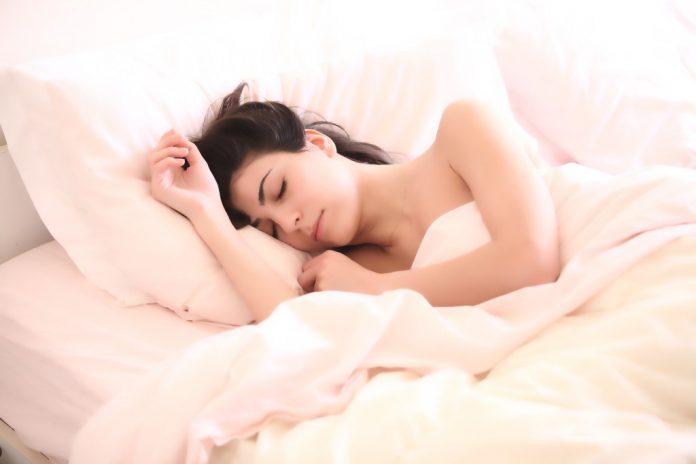 Neurowissenschaft: Wie das Gehirn im Schlaf lernt